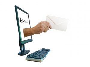 E-mail-uri catre lista de abonati